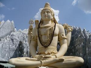 http://upload.wikimedia.org/wikipedia/commons/5/52/Bangalore_Shiva.jpg