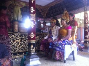 Tradycyjny balijski ślub.